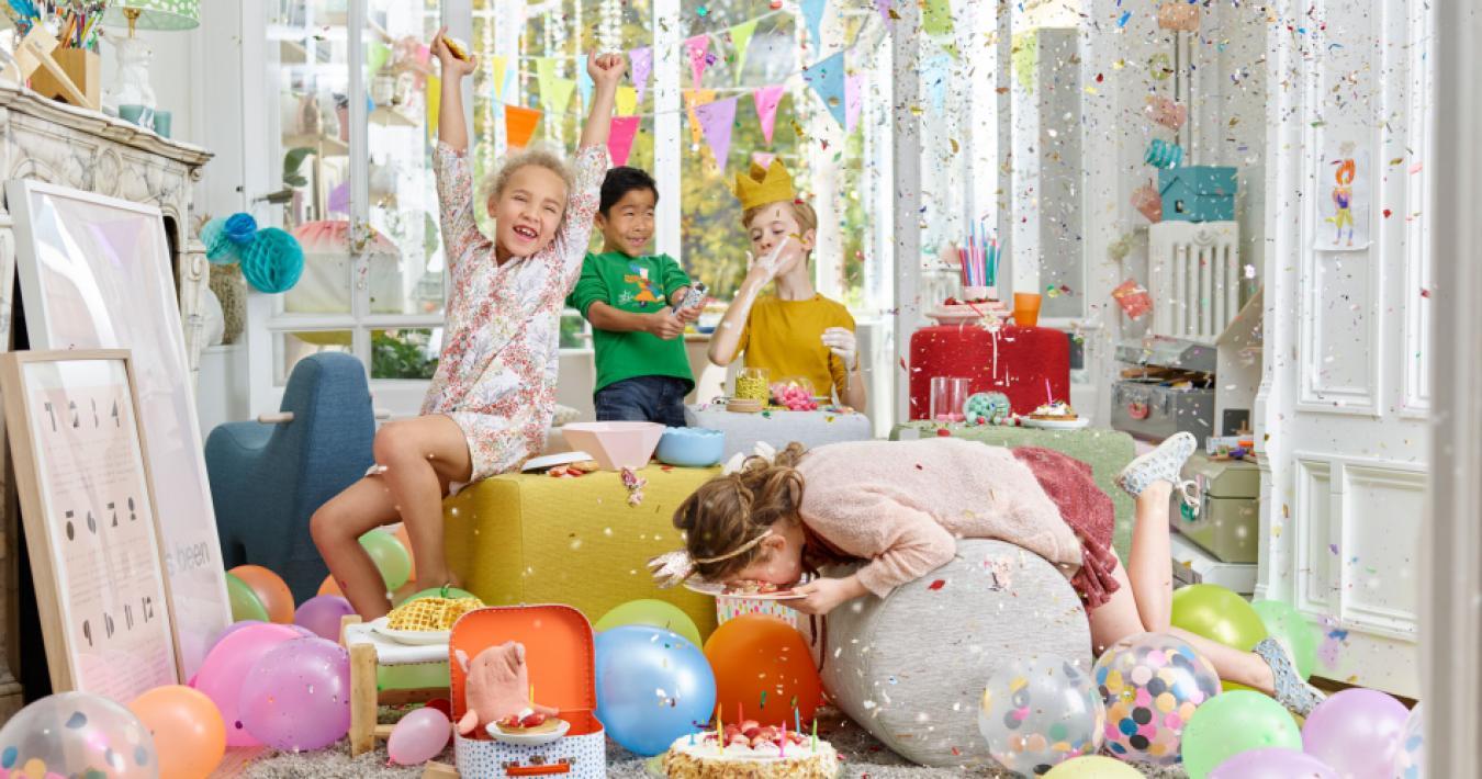 Performance fabrics: cleanable fabrics. Partyproof!